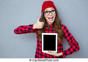 kobieta, kciuk, tabliczka, pokaz, do góry, komputer, okienko osłaniają