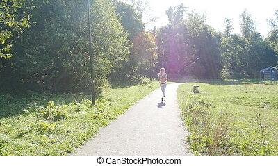 kobieta, młody, ślad bieg, las, stosowność