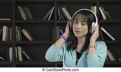 kobieta, muzykować słuchanie, słuchawki