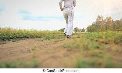 kobieta, nature., droga, młody, uśmiecha się, wyścigi, piękny