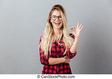 kobieta, okay, pokaz, młody, gesture., blondynka