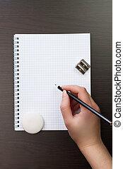 kobieta pisanie, z, ołówek, na, notatnik, w, biuro