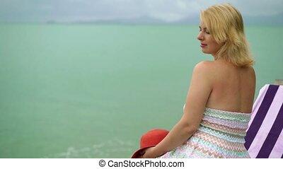 kobieta, plaża, młody, próżniak