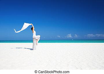 kobieta, plaża, szczęśliwy