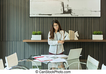 kobieta, pokój, handlowe spotkanie, asian, prezentacja