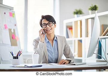 kobieta, pracujące biuro