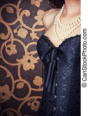 kobieta, przy czarnoskórym, gorset, i, perły, przeciw,...