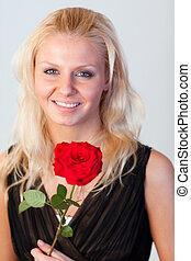 kobieta, róża, ognisko, aparat fotograficzny, pociągający, portret, uśmiechanie się, czerwony