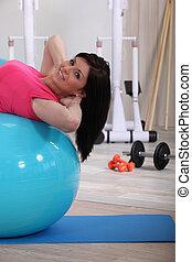 kobieta, sala gimnastyczna, młody, piłka, stałość, wartość bezwzględna, wykonuje