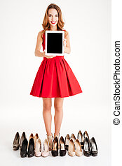 kobieta, tabliczka, ekran, komputer, dzierżawa, czysty, strój, czerwony
