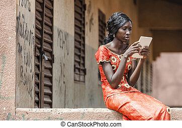 kobieta, tabliczka, komputer, czarnoskóry, afrykanin, czytanie, ethnicity