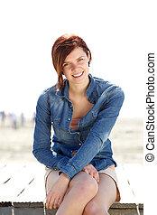 kobieta uśmiechnięta, outdoors, w, lato