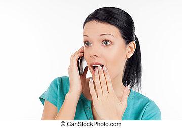 kobieta, unbelievable!, mówiąc, ruchomy, odizolowany, to, telefon, znowu, młody, biały, zdziwiony