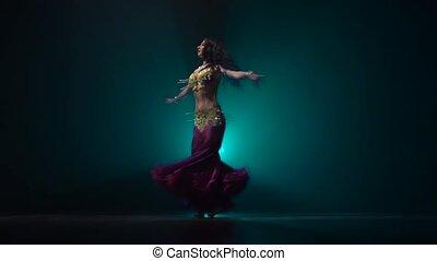 kobieta, upiększenia, stage., taniec, taniec, ruch, tło., ...