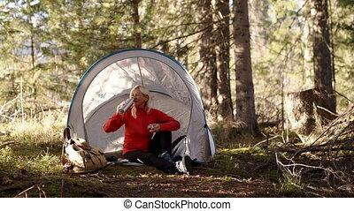 kobieta, wycieczkowicz, natura, posiedzenie, outdoors, ...