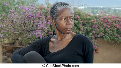 kobieta, yoga, afrykanin, poza, pokręcić, pacierzowy, ...
