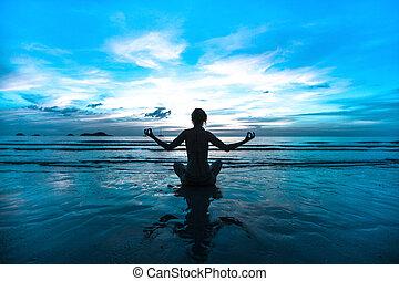 kobieta, yoga, brzeg, colors), zachód słońca, morze, przeziębienie, (in