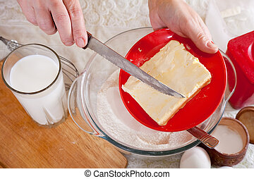 koch, hände, fügt hinzu, margarine, in, teig