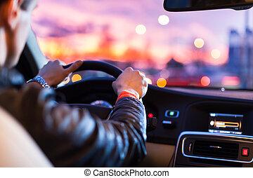 kocsikázás autó, éjjel, -man, vezetés, övé, modern, autó,...