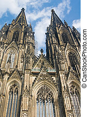 Koelner Dom (Cologne Cathedral) over blue sky in Koelne (...