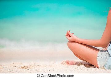 koerper, von, schöne frau, in, a, meditation, strand