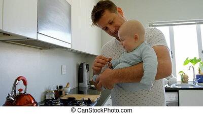 koffie, baby, keuken, vader, jongen, het bereiden, 4k