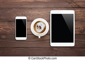 koffie, tablet, kop, bovenzijde, telefoon, hout, tafel, witte , aanzicht
