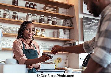 koffiehuis, klant, lonend, voor, zijn, purchace, met, nfc, technologie