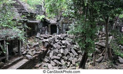 Koh Ker temple complex, Cambodia - Koh Ker temple complex...