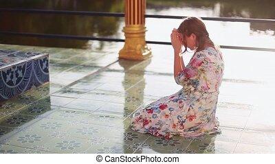 koh, kobieta, kolana, słońce, młody, shining., modli się, plai, tajlandia, laem, complex., wat, religijny, świątynia, 1920x1080, samui