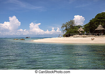 koh munnok island one of most popular traveling destination in rayong province eastern of thailand