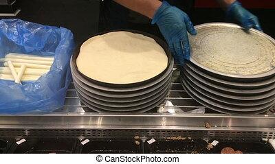 kok, handen, het bereiden, pizza, base
