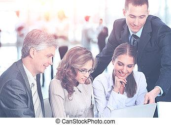 koledzy, jego, handlowy, praca, -, ale, dyrektor, tło, drużyna, dyskutuje, spotkanie