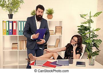 kolega, znowu, ważny, komunikacja, lady., posiadanie, uwaga, zajęty, addicted., próba, ruchomy, głoska., kobieta, telefon, talk., szef, ubiegając, rozmowa telefoniczna, układy, conversation., jej, problem.