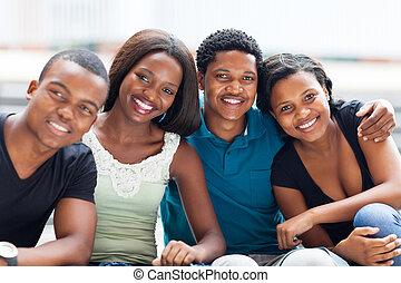 kolegium, amerykanka, przyjaciele, grupa, afrykanin