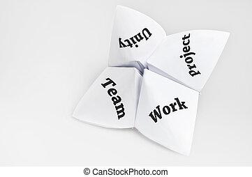 kolektivní práce, dále, štěstí vypravěč