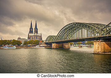 kolonia katedra, hohenzollern, niemcy, most
