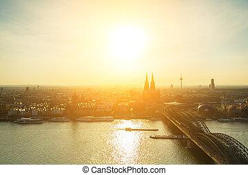 kolonia, miasto, zachód słońca