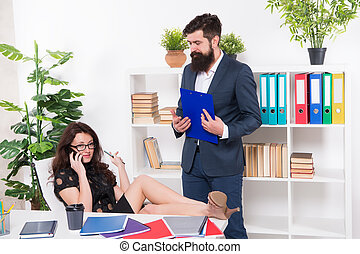 komunikacja, problem., conversation., negotiations., zajęty, jej, rozmowa telefoniczna, kolega, kobieta, uwaga, szef, telefon, lady., głoska., ubiegając, ruchomy, próba, znowu, ważny, addicted., posiadanie, rozmowa