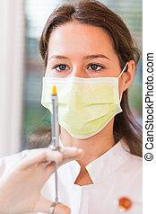 koncentrerat, tandläkare