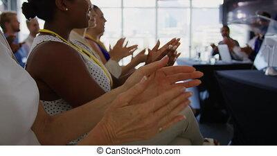 konferencja, audiencja, oklaski