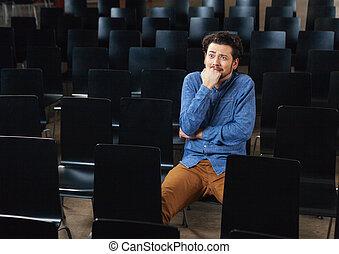 konferens, rädd, man, sal, sittande