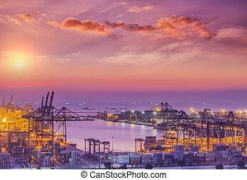 konténer, rakomány, rakomány hajó, noha, dolgozó, daru, bridzs, alatt, hajógyár, -ban, szürkület, helyett, munkaszervezési, import, export, háttér