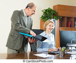 kontrola, szef, praca, sekretarka