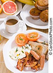 kontynentalne śniadanie