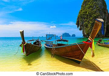 konzervativní, scenérie, krajina, boat., druh, dřevěný, resort., pohybovat se, ostrov, nebe, obrazný, tradiční, překrásný, ráj, thajsko, pláž, summer., namočit