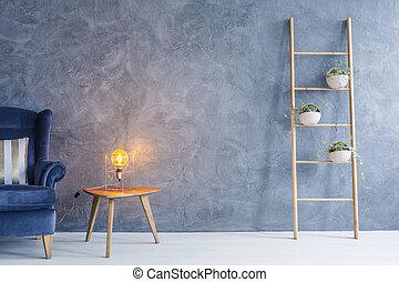 koper, lamp, kant tafel