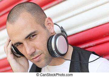 kopfhörer, musik, junger mann