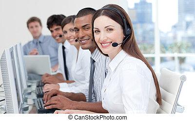 koptelefoon, groep, jonge, zakelijk