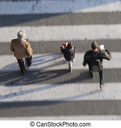 korsning, olik, män, åldern, gata